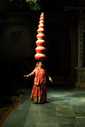 Dangerous Drains and A Magical Cultural Evening In India - The