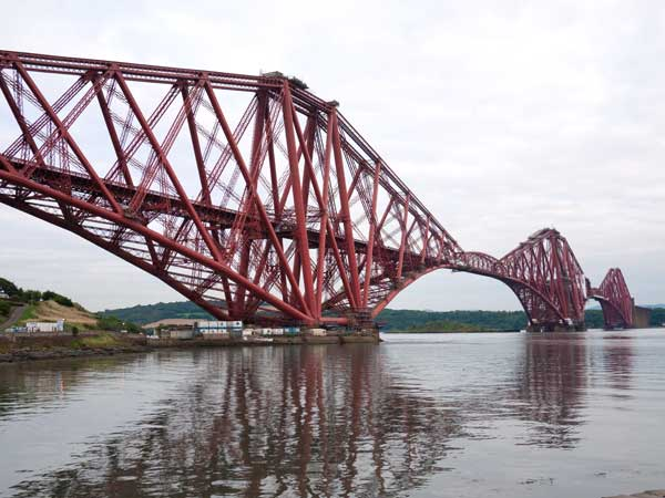 photo of forth rail bridge viewed from north queensferry