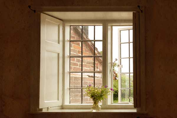 jane austen in chawton - a room with a view