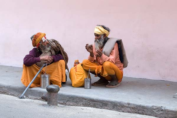 pilgrims' conversation in Haridwar