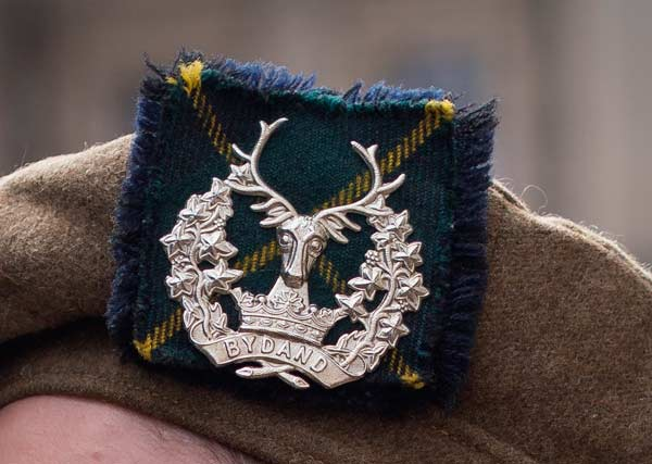 Bydand - Gordon Highlanders cap badge