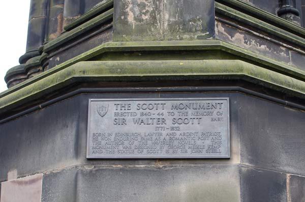 scott-monument-plaque