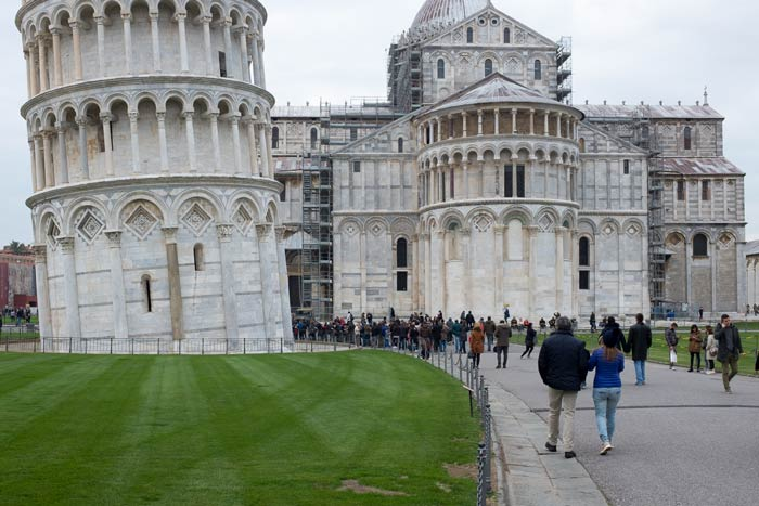 leaning tower of pisa and duomo