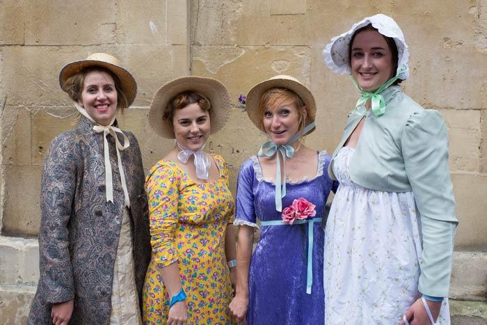 regency-ladies-in-bath