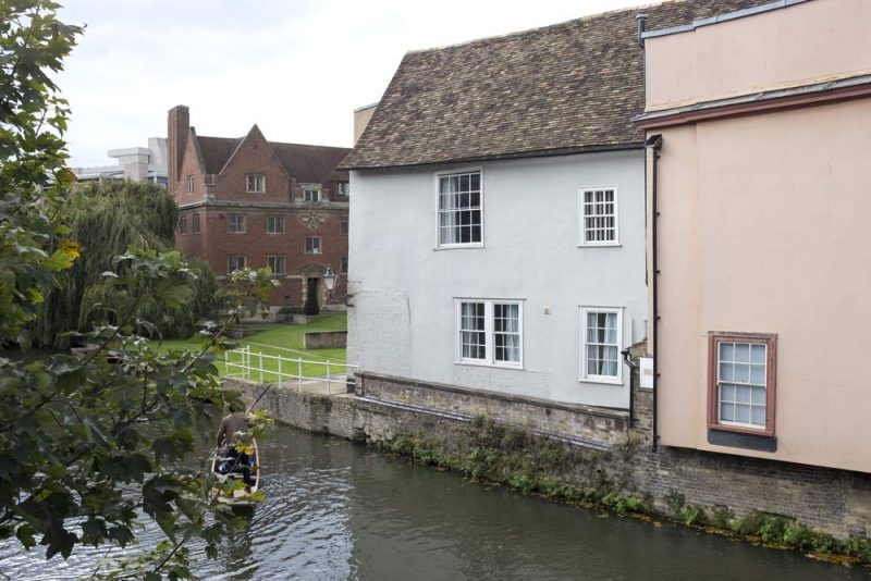Buildings next to the River Cam at Cambridge Bridge Street